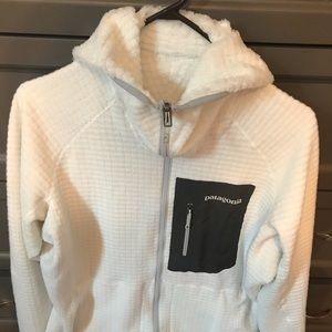 Patagonia women's XL R3 fleece hooded jacket.